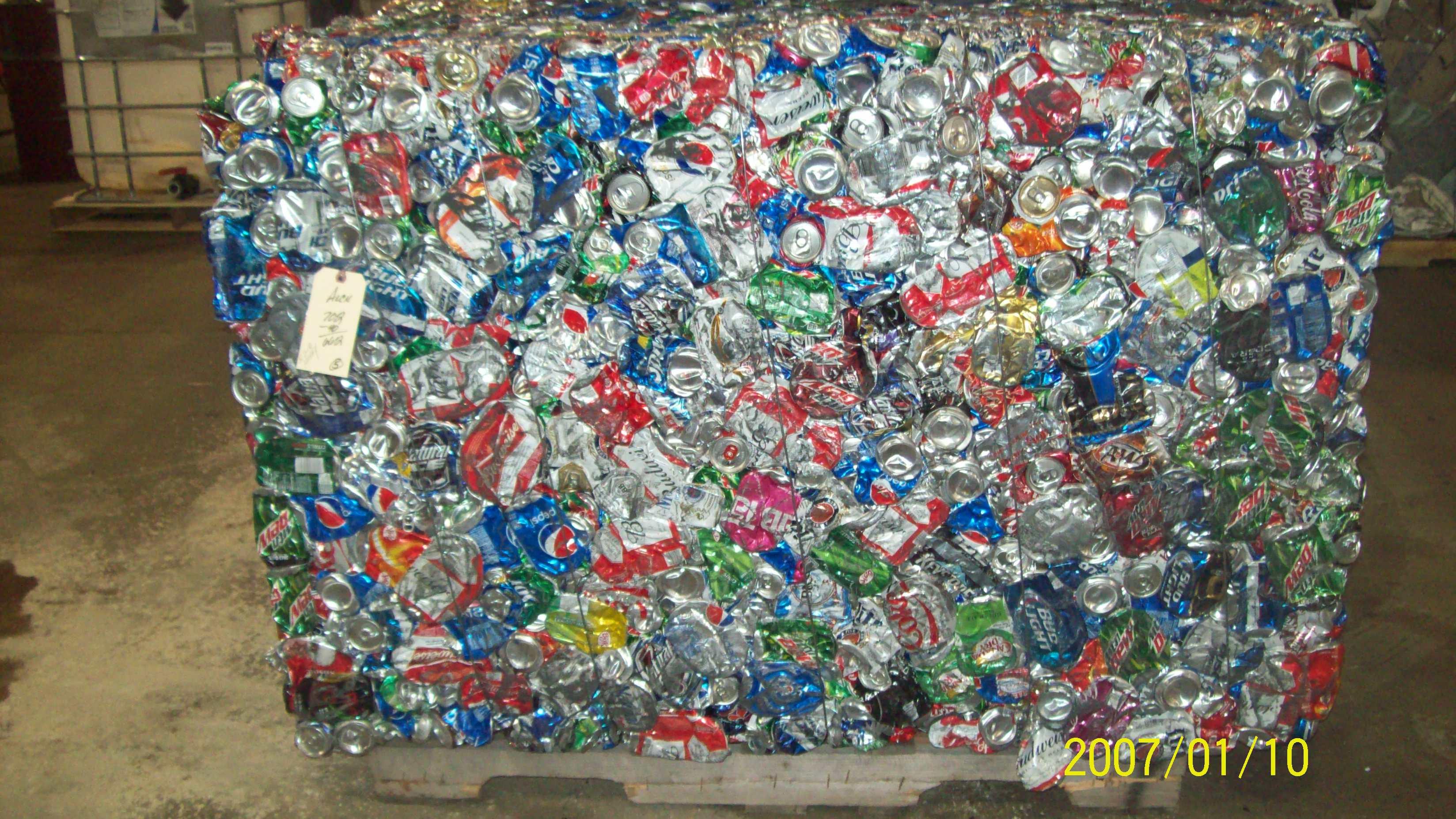 Baling Aluminum Cans